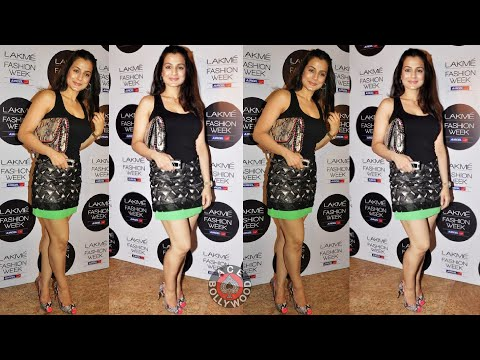 Amisha Patel sexy Thighs in Short Dress (O O)