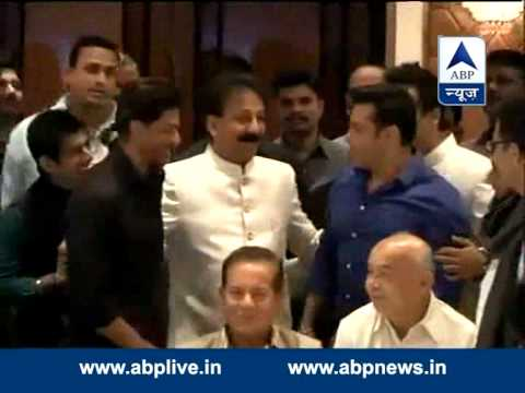 Shah Rukh, Salman hug each other once again at Baba Siddiqui's Iftar party