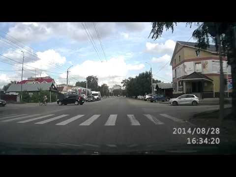 В Коврове иномарка сбила велосепедиста и скрылась с места ДТП