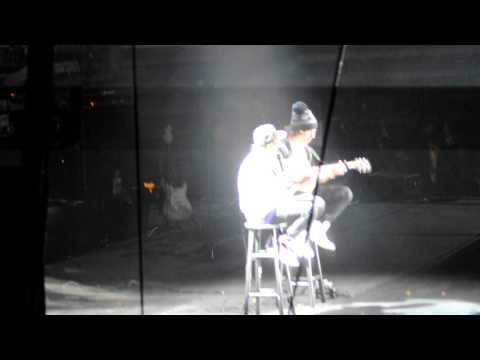 Justin Bieber LIVE @ POP CON Cry Me A River- Justin Timberlake Cover #1