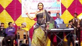 বগুড়ার মেয়ের নাছ দেখে মাথা পুরাই নষ্ট || Dakhna O Roshia || BD Concert Dance 2016