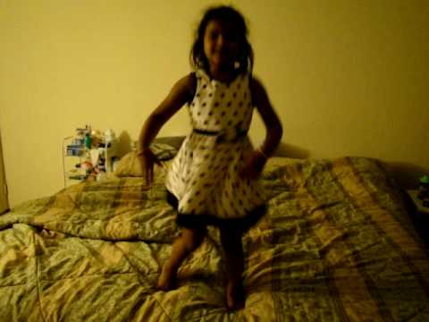 Aditi dancing for Dole Dole song from Pokiri Telugu Movie