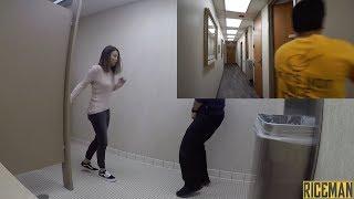 Новый пранк 2019 в туалете. Прикол в туалете. Китаец шутит. Социальный эксперимент. C 1 апреля.