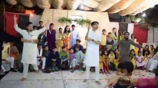 Best Mehndi Dance Fazila & Jawad Surprise Perfomance By their's Cousins