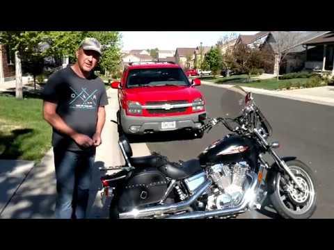 1999 Honda Shadow Spirit 1100 Motorcycle Saddlebags Review - vikingbags.com