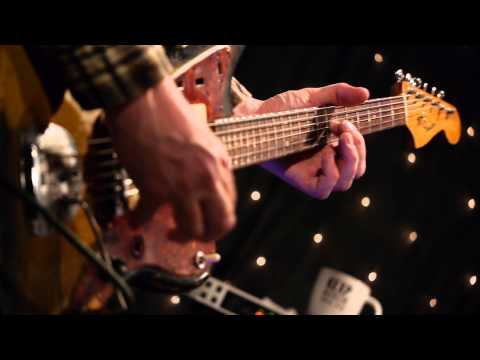 Chelsea Light Moving - Peach Pecan (Live @ KEXP, 2013)