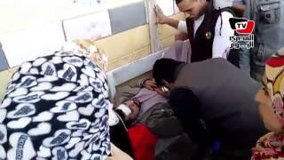 غضب أهالي المصابين بالتسمم في «الشرقية» من وزير الصحة والمحافظ