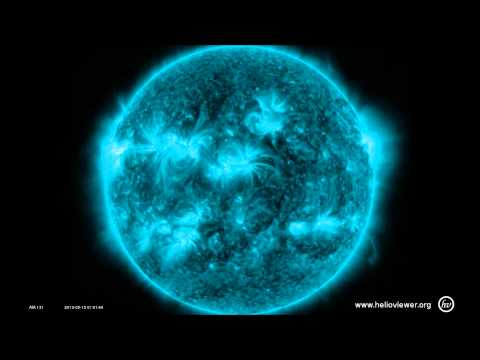 5/15/2013 -- FOURTH X-class solar flare -- Active region now Earth Facing