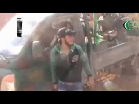 Los rebeldes sirios derriban un helicóptero del Ejército, que bombardea Homs y Damasco