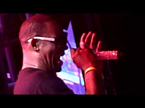 R Kelly Live Bonnaroo Manchester TN June 15 2013