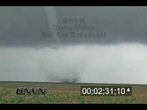 4/10/2005 Tornado Video, Trego County, Kansa