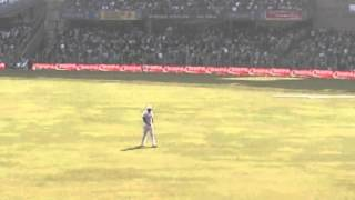 Wankhede Crowd Boos and Chants Tino Sucks after he sledges God!