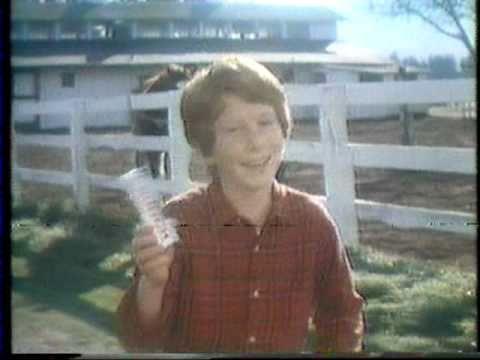 Nestle Crunch Commercial 1980 Nestle Crunch Commercial