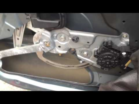 BMW E36 Front Window Regulator replacement And Door Panel Removal 318i 325i 328i m3