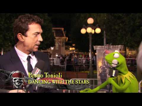 Kermit the Frog at the World Premiere of Pirates of the Caribbean: On Stranger Tides