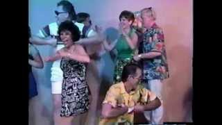 Funny Surfin Bird Dance Music Video! The Trashmen! Live TV Party in the USA!