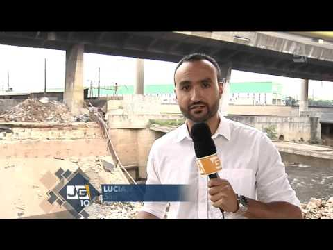 Ponte cai sobre o rio Tamanduateí, sem feridos