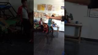 Aashiq Banaya Hindi song dance