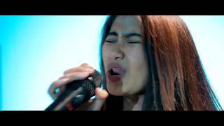 Download Lagu Ed Sheeran - Perfect - ROCK Cover By Jeje GuitarAddict ft Keke Mazaya Gratis STAFABAND