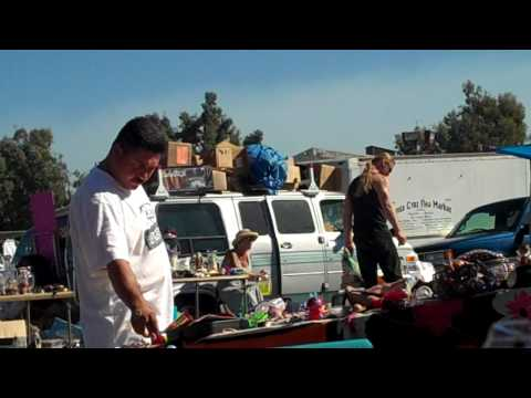 Mexicanos en la Pulga Tianguis Mercado de Santa Cruz, California Estados Unidos