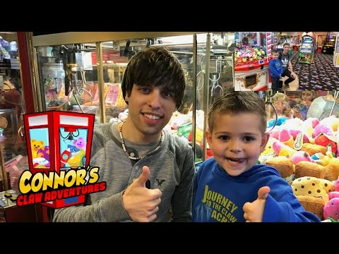😮Matt3756, Clawtuber, & Connor Play Claw Machines!!😮