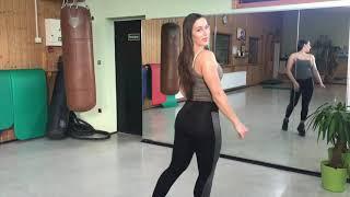 Natural Bodybuilding - Takia Thomas Back Day !