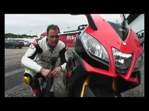 Aprilia RSV4 launch Video