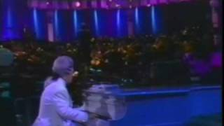Клип Elton John - Madman Across The Water