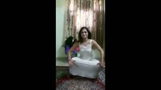 nov 2017 hot aunty dance in nighty