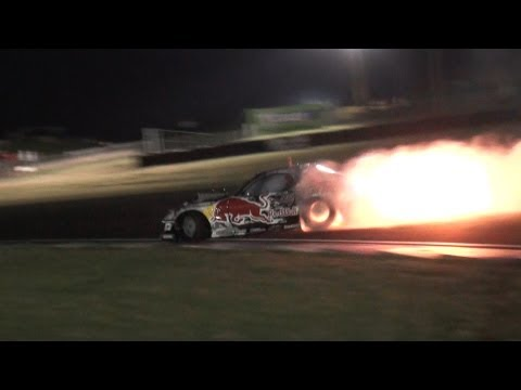 Mad Mike RedBull RX7 - Spitting Flames With No Exhaust - Team NZ Promo 2012
