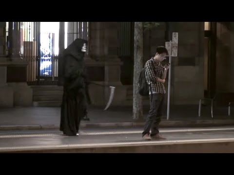 GRIM REAPER - Halloween Scare Prank
