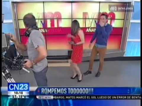 Mañana y media - #Blooper en vivo en CN23