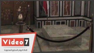 شاهد قبر شاه إيران «رضا بهلوى» فى مسجد الرفاعى