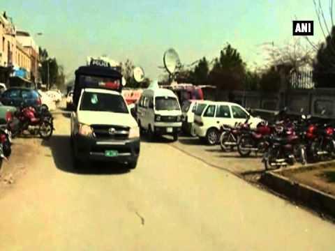 Pakistan paramilitary raids headquarters of MQM in Karachi