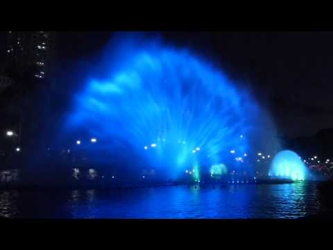 AMAZING LUNETA  PARK MUSIC & LIGHT SHOW, MANILA.....TRAVEL, FESTIVALS, ADVENTURE...