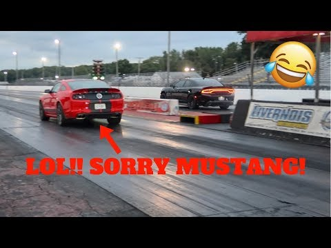 HELLCAT DESTROYING MUSTANG SHELBY GT500 AT THE DRAG STRIP! LOL