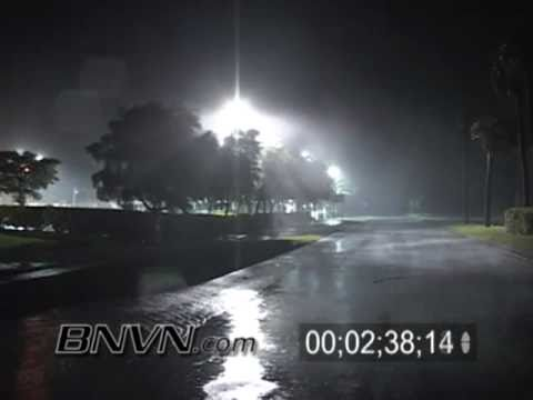 Hurricane Wilma Video 10/24/2005 - Marco Island Florida - Part 5