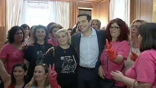 Syriza Hükumeti Işten çıkarılan Kamu çalışanlarını Yeniden Işe Alıyor