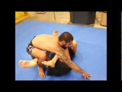 Jiu Jitsu / Grappling Rolling by two Blue Belts 2013 Image 1
