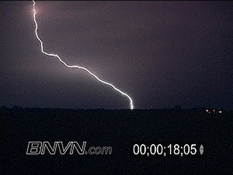 7/19/2006 Intense Lightning Video, Thunder Storm Footage At Night