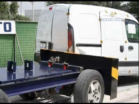 Low-Speed Crash Test 2008 Renault Kangoo