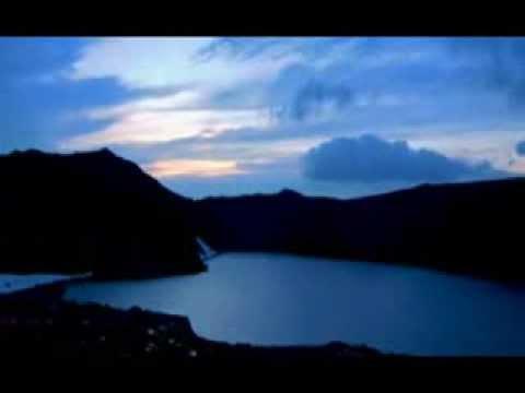 Hum Aapke Hai Kaun- Title Song