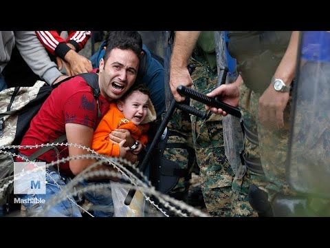 Refugees Fleeing to Macedonia Face Riot Police and Tear Gas at the Border | Mashable News