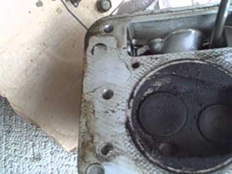 Part 5 - How to Repair Briggs/John Deere LA115 19.5 HP Engine - Cylinder Head Removal & Inspection