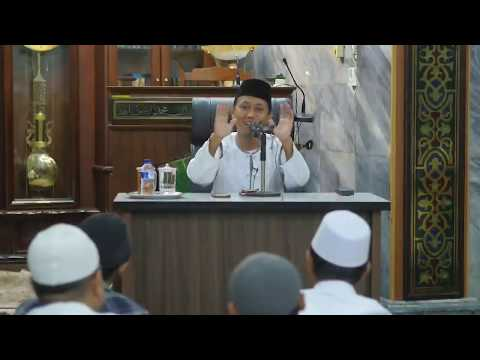 [LIVE] Meraih Keberkahan Rizki - Ustadz Ammi Nur Baits
