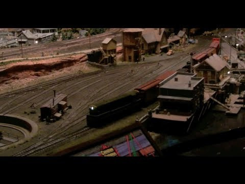 Amazing model train setup - Railroads on Parade, Pottersville, NY