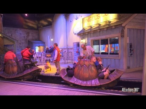 Crush's Coaster Ride - Disneyland Paris 2016 - Spinning Roller Coaster thumbnail