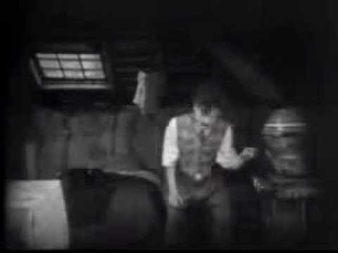 The Kid (el Chico) - Charlie Chaplin (1921) video