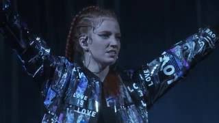 Jess Glynne Hold My Hand live at Eden Sessions 2016