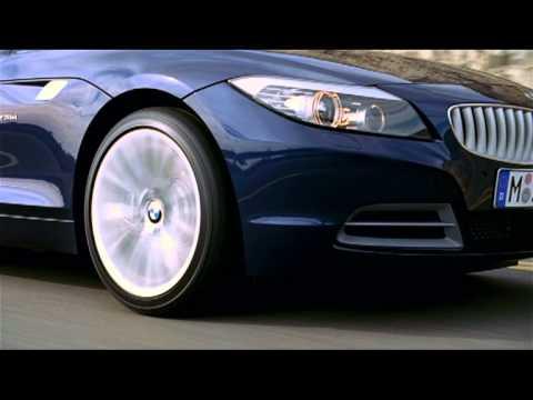 BMW Z4 родстер - истинный художник дорог.